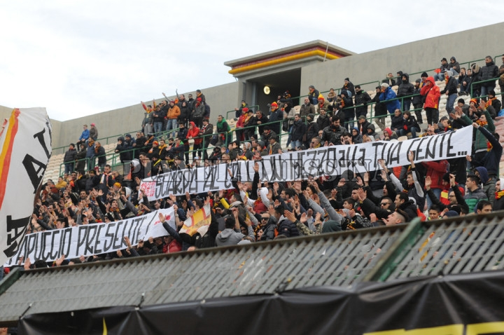 Messina.Paganese, striscione con dedica