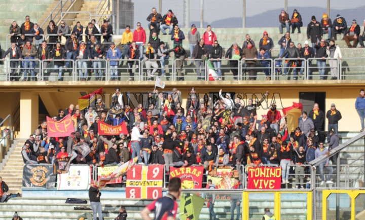 I supporter del Messina a Cosenza