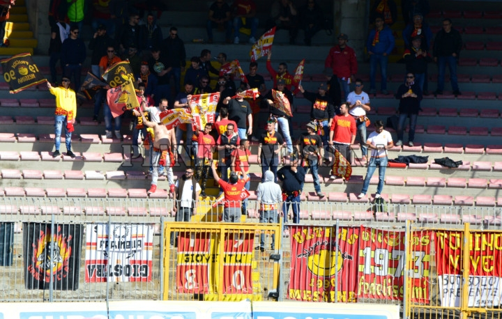 I tifosi del Messina a Lecce