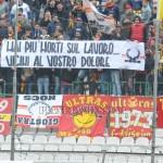 """Messina-Lecce, striscione per ricordare le vittime sulla nave """"Sansovino"""""""