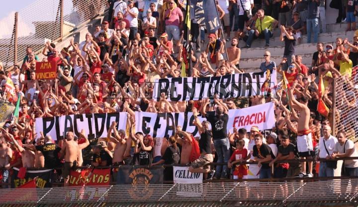 Tifosi a Barcellona Pg