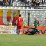 Il vantaggio del Lecce con Lepore su rigore
