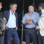 Lo Monaco parla con il direttore tecnico del Mesisna Leonardo