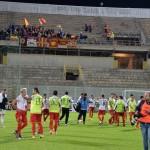 La festa dei calciatori peloritani sotto i tifosi al seguito