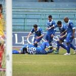L'esultanza dopo il primo gol della Paganese siglato da Alcibiade