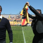 Lucarelli saluta i tifosi del Lecce