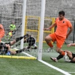 Il gol di Mistretta, Locri in vantaggio